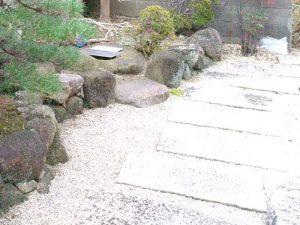 お庭の防草シート・化粧砂利施工